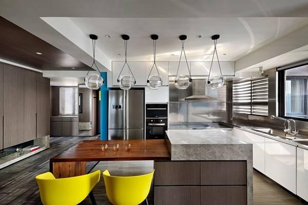十上设计师事务所-80平米居室中的彩色生活丨13P丨6M丨2017